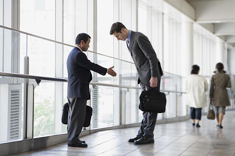 Предприниматель — это человек, который отвечает на вопрос «что делать?»