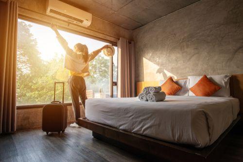 Разбор ситуации: нужно ли применять ККТ при оказании гостиничных услуг
