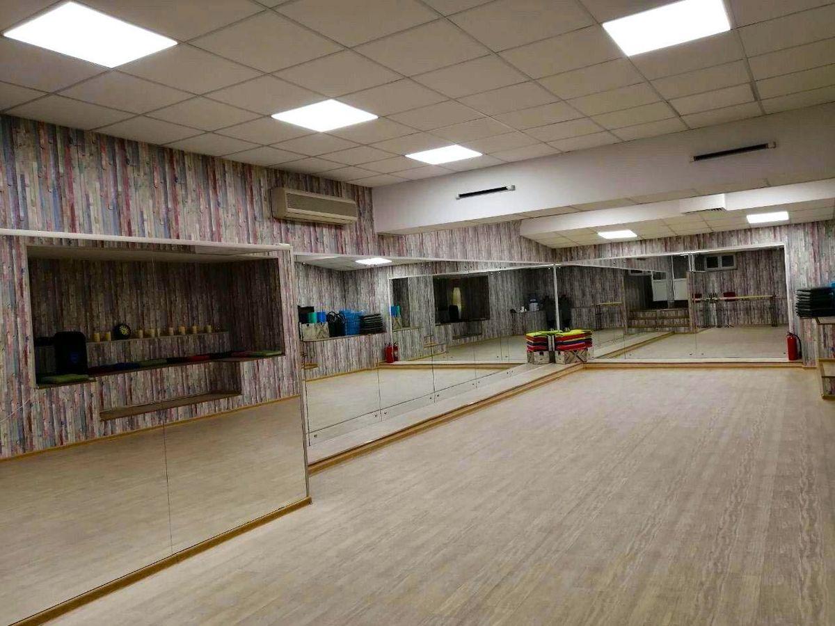 танцевальный зал danceology