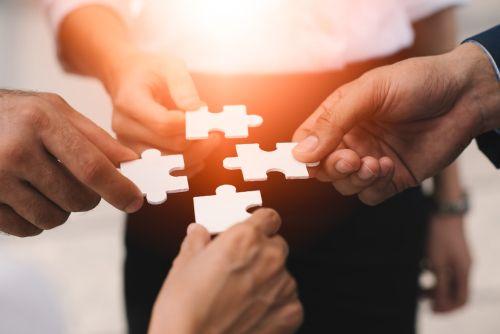 Разбор ситуаций: как повышать цену на услуги и еще три вопроса экспертам