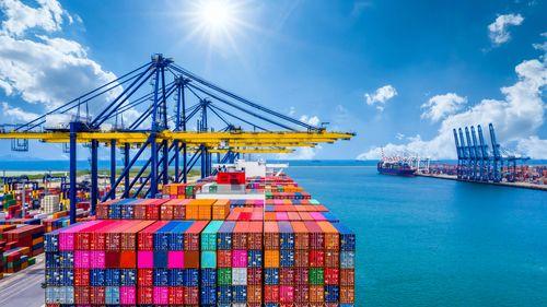 Кейс: как государственными деньгами вывести свой продукт на международный рынок