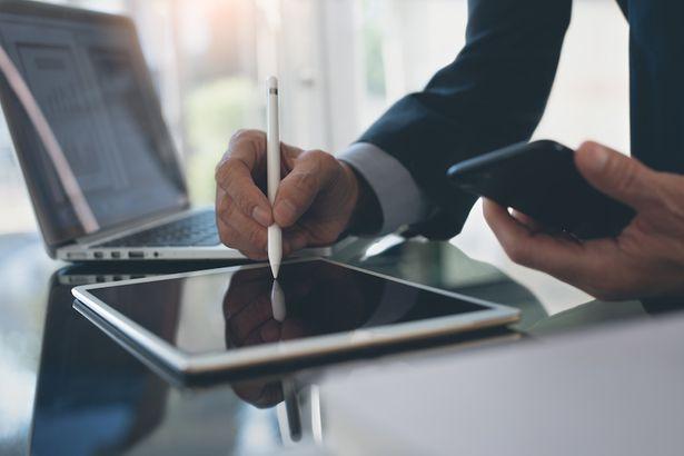 Спецпредложения сентября: онлайн-подпись документов и скидка на курс по финансам
