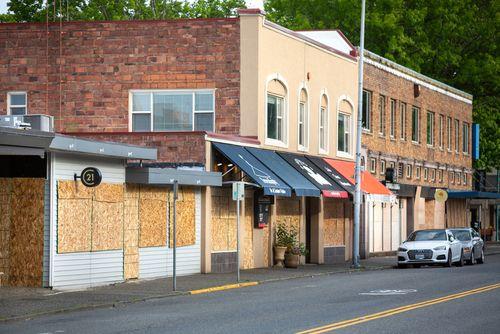 Как открыть бизнес в маленьком городе? 5 правил от основателя «Додо Пиццы»