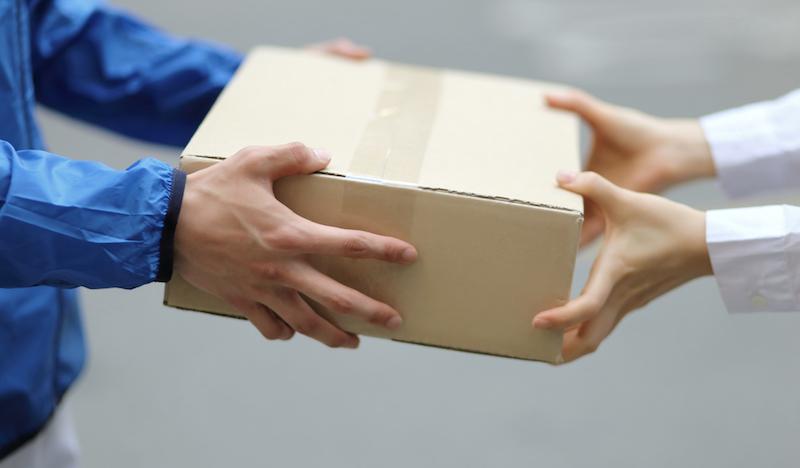 Как выбрать службу доставки для продажи товара по всей России